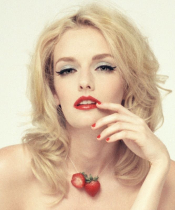 model Lydia Hearst - age: 37