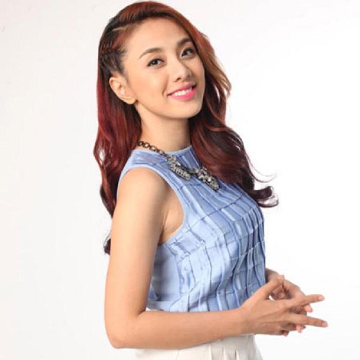 Singer Lan Trinh - age: 34