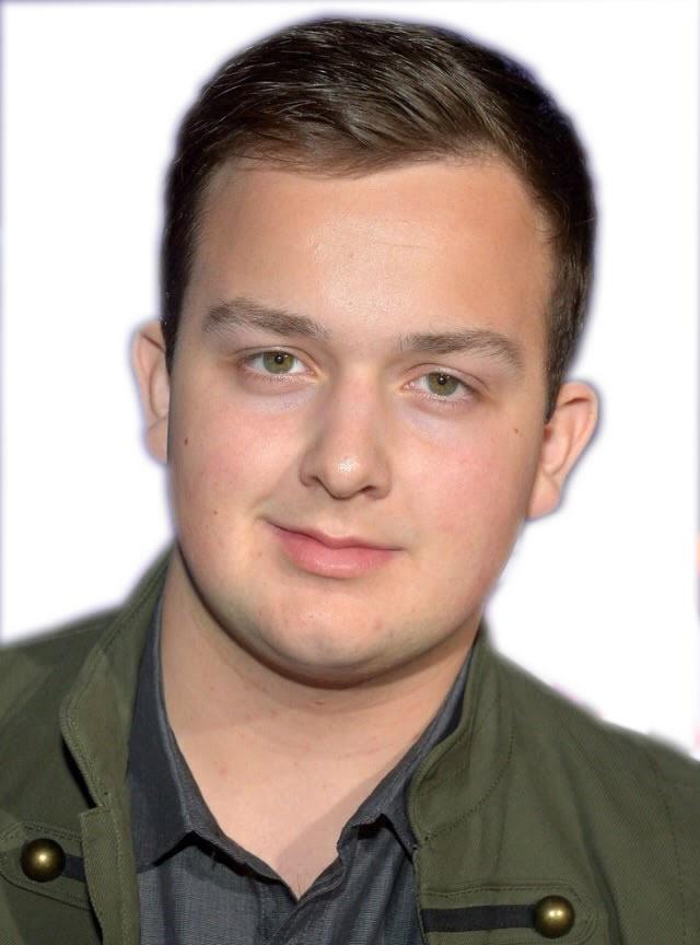 Actor Noah Munck - age: 25