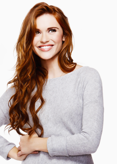 Actress Holland Roden - age: 30