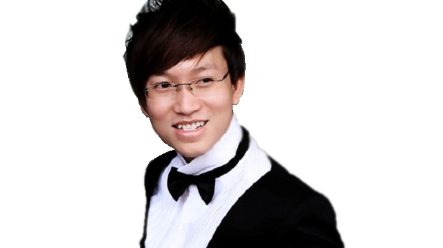 Singer Sy Luan - age: 39