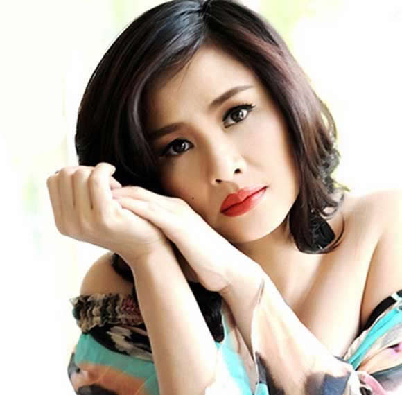 Singer Thanh Lam - age: 46