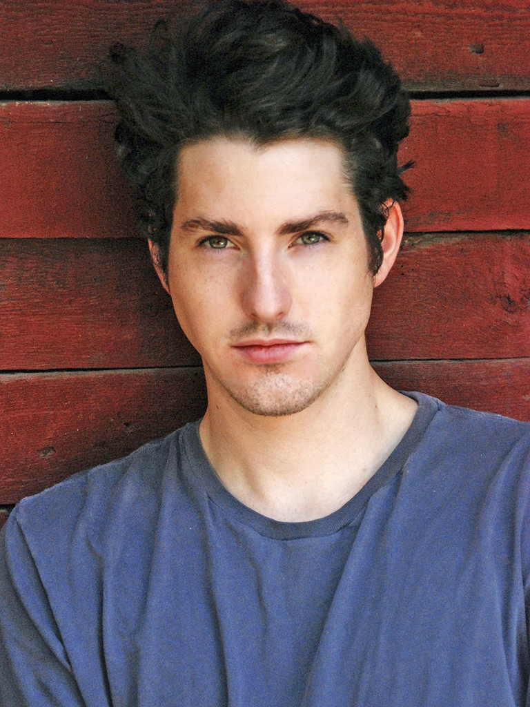 TV Actor Sean Flynn - age: 31