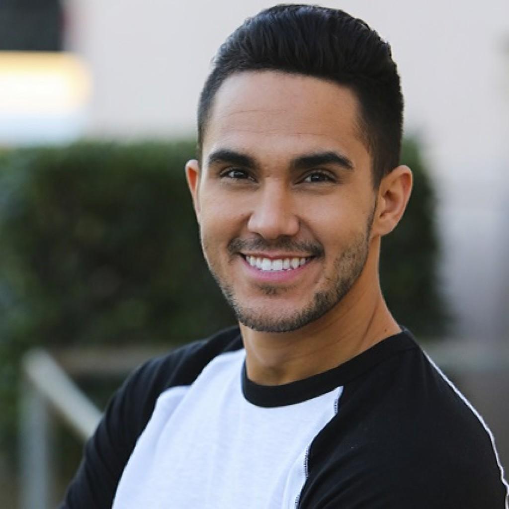 Actor Carlos PenaVega - age: 27