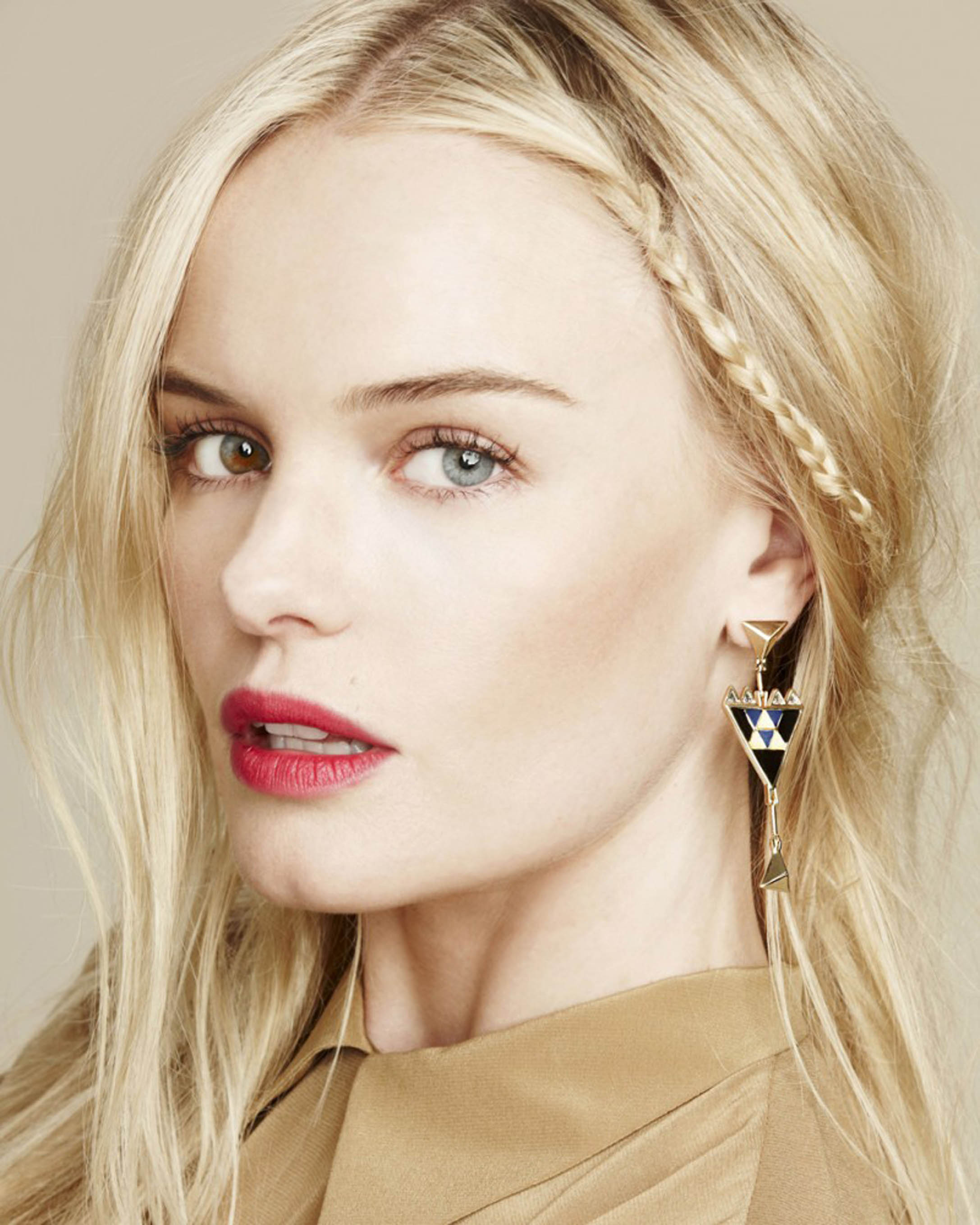 Movie actress Kate Bosworth - age: 38