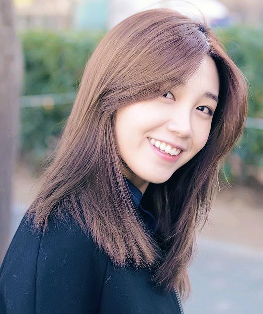 Singer Eun Ji Jung - age: 27