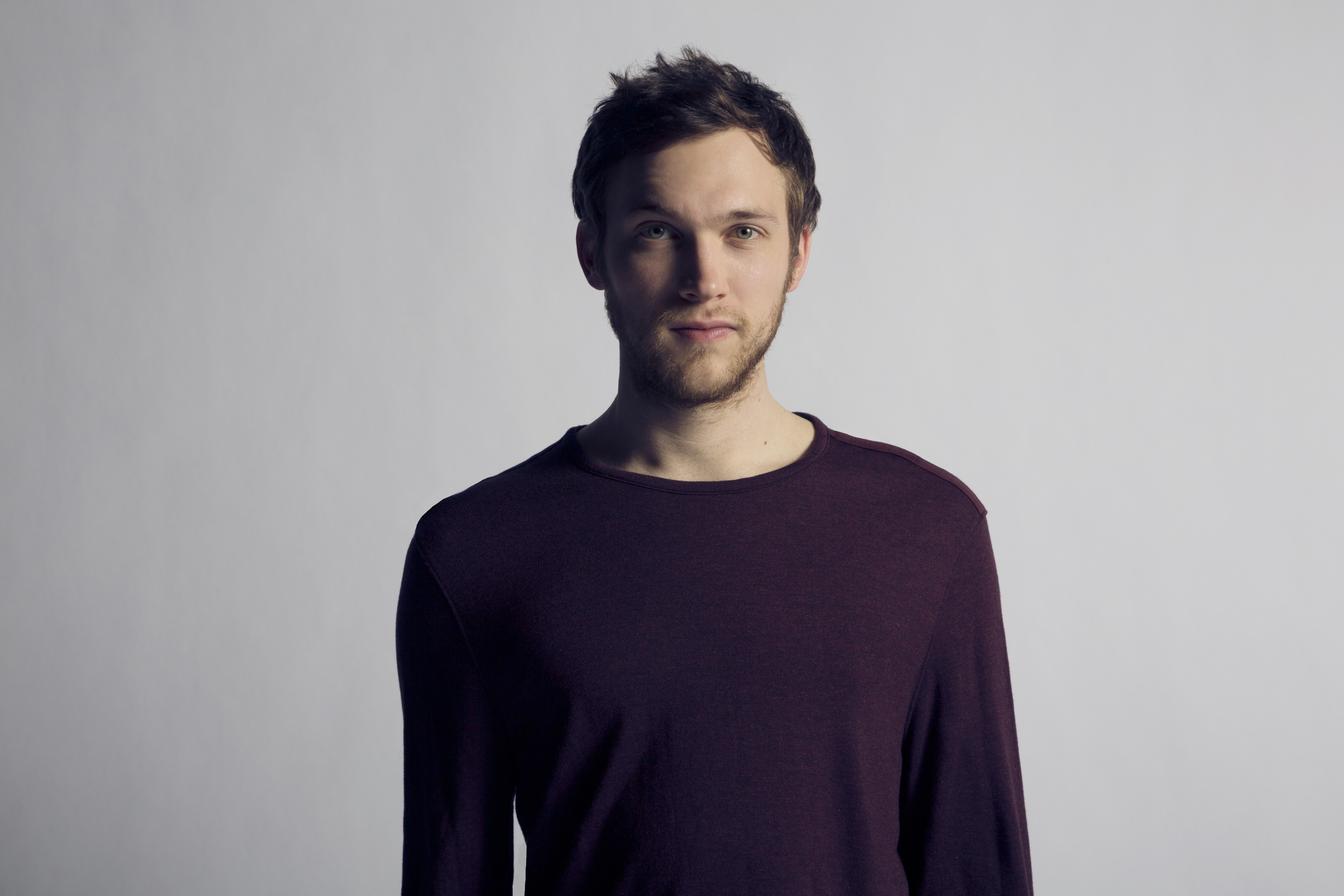 singer-songwriter, and musician Phillip Phillips - age: 27