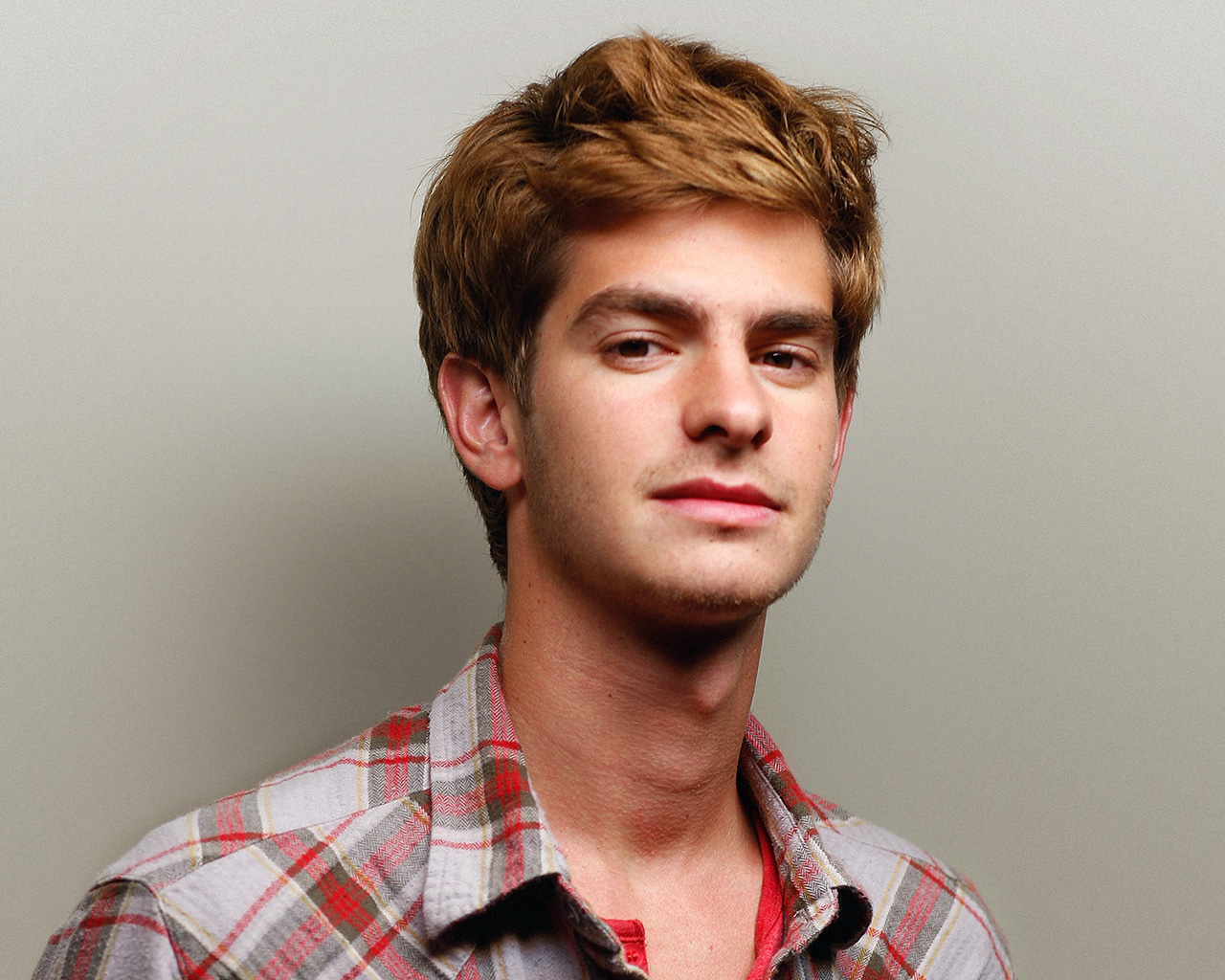 Actor Andrew Garfield - age: 34