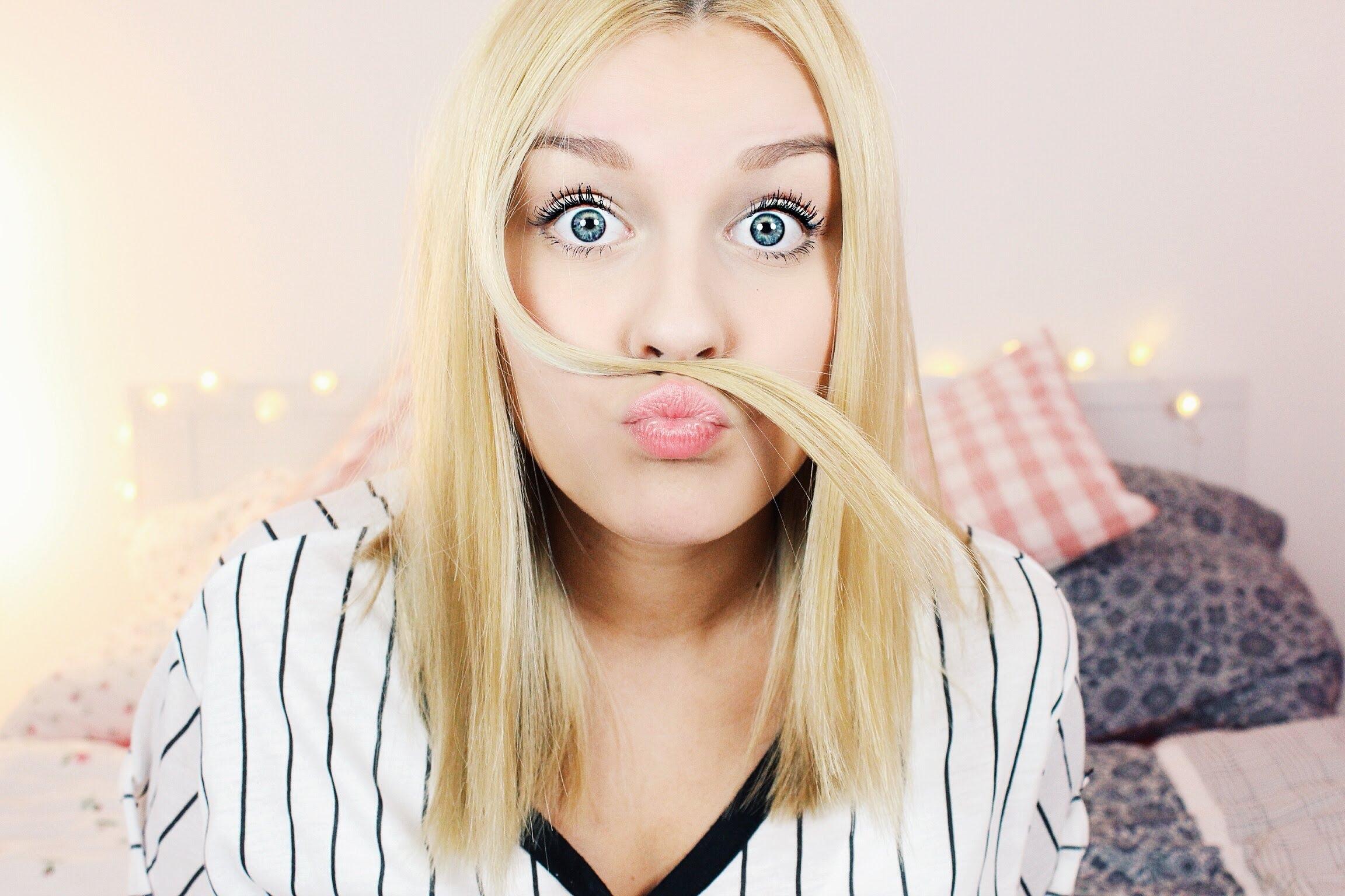 Web Video Star Dagi Bee - age: 26