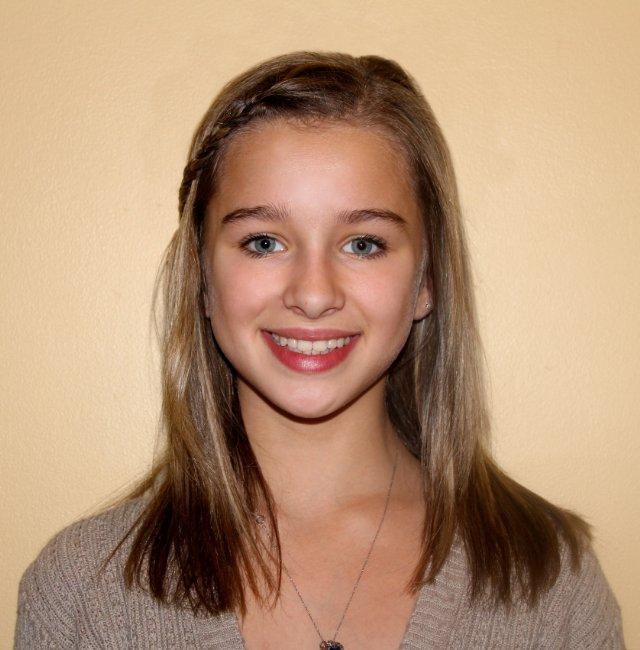 Actress Erin Pitt - age: 21
