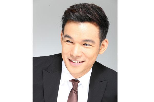 Singer Mark Bautista - age: 33