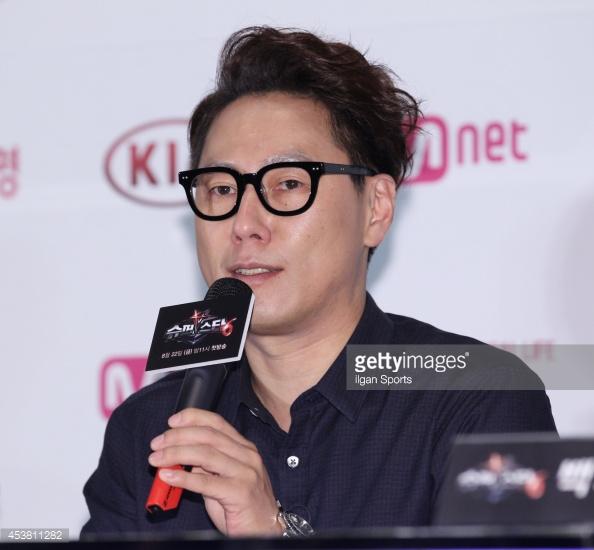 Singer Yoon Jong-shin - age: 48