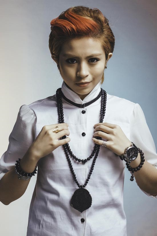 Singer Gil Le - age: 26