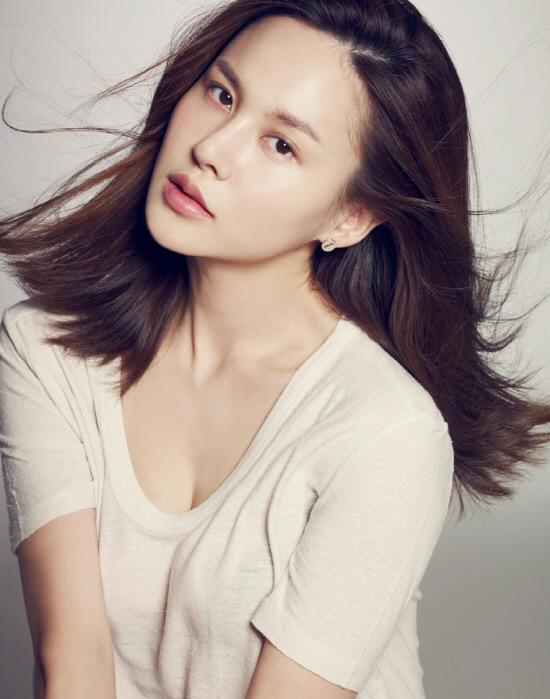 Singer Ivy (singer) - age: 34