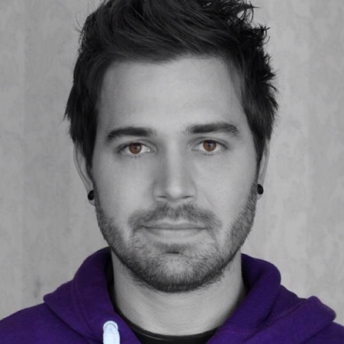 Youtuber   Charles Trippy	  - age: 32