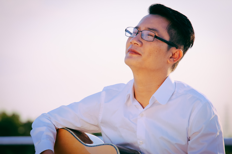 Singer Hoang Bach  - age: 40