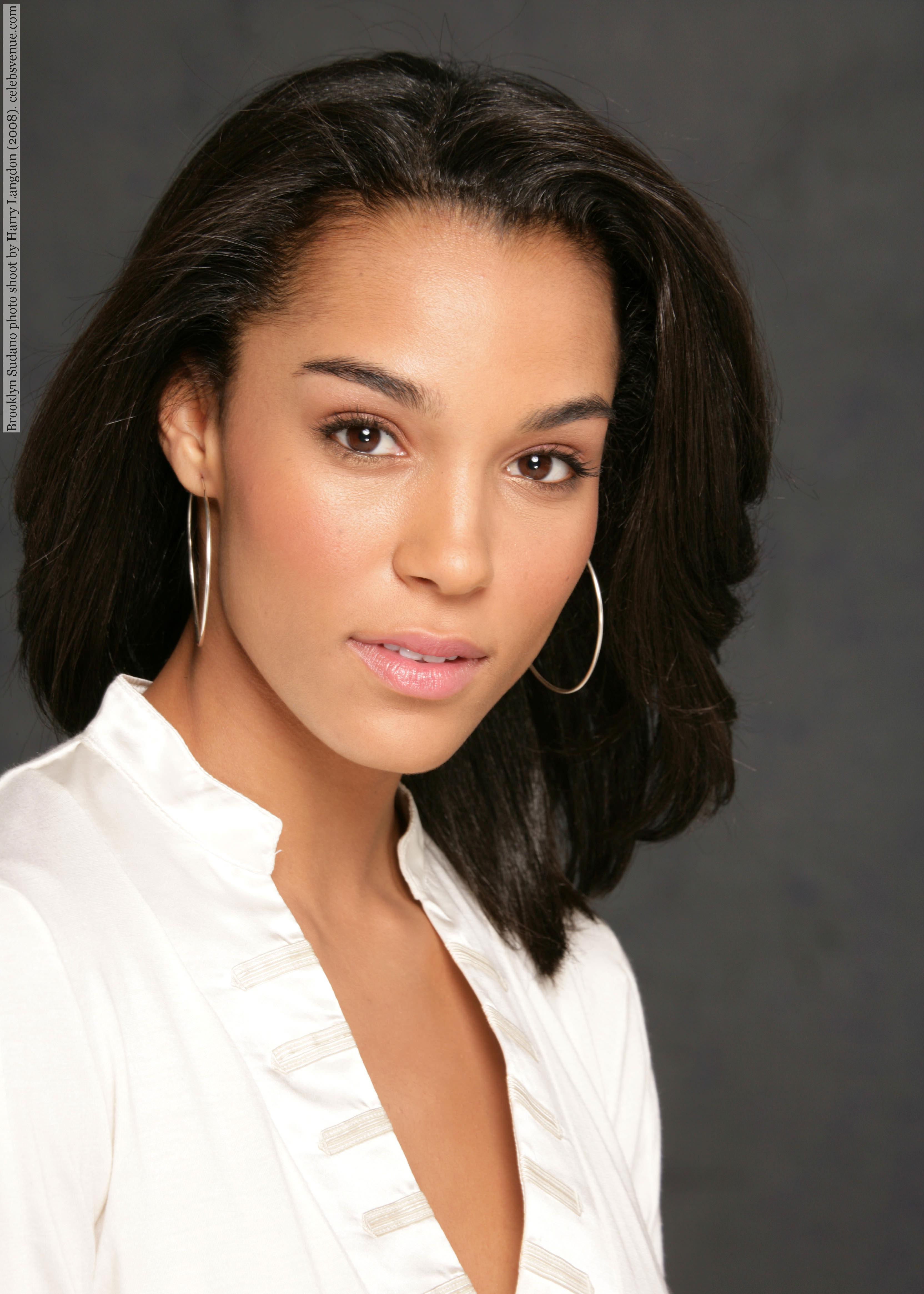 TV Actress Brooklyn Sudano - age: 36