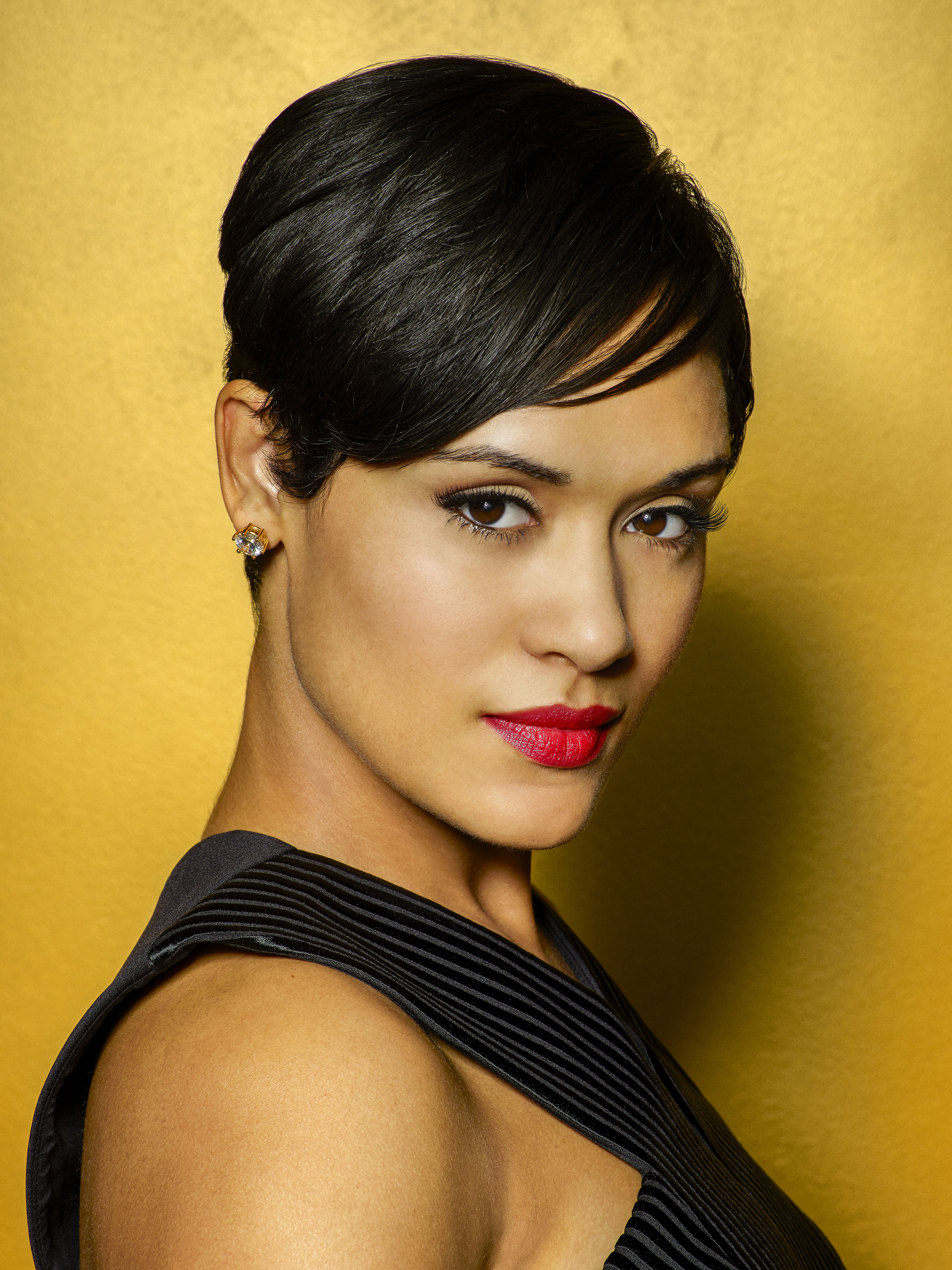 TV Actress Grace Gealey - age: 36