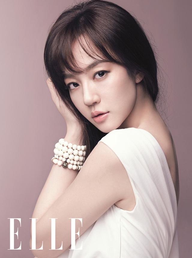 Actress Su-jeong Lim - age: 38