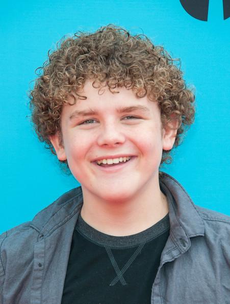 TV Actor Sean Ryan Fox - age: 19