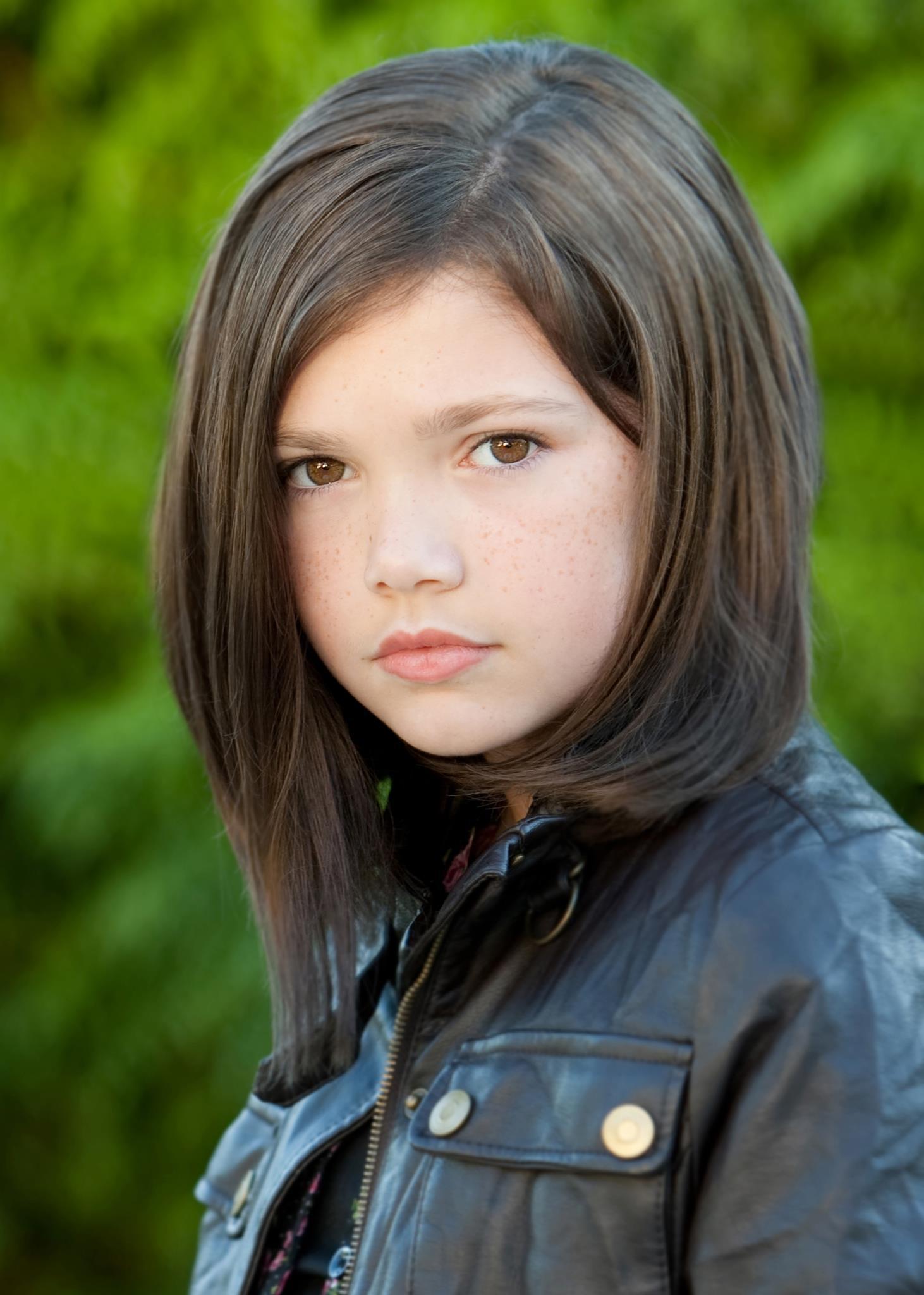 TV Actress Alisha Newton - age: 16