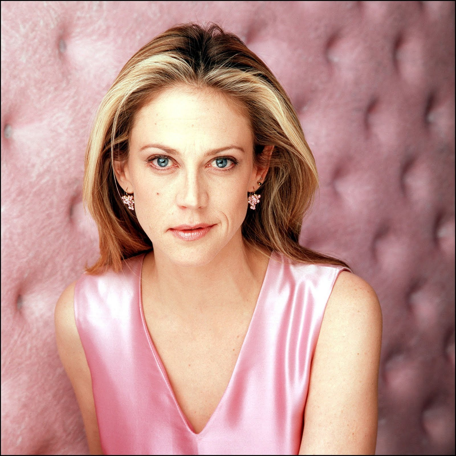TV Actress Ally Walker - age: 55