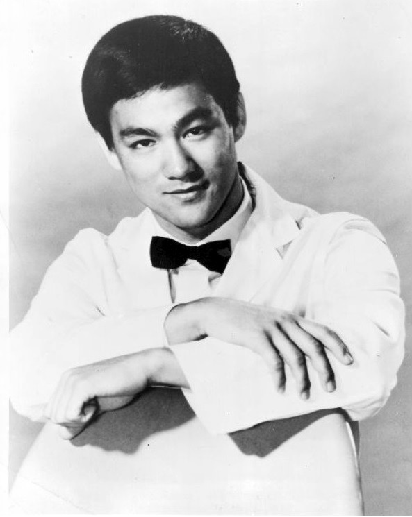 Martial Artist Bruce Lee - age: 32