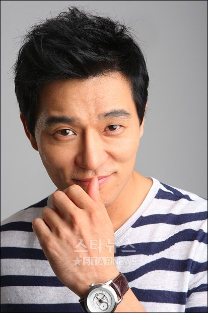 TV Actor Lee Tae Gon - age: 43