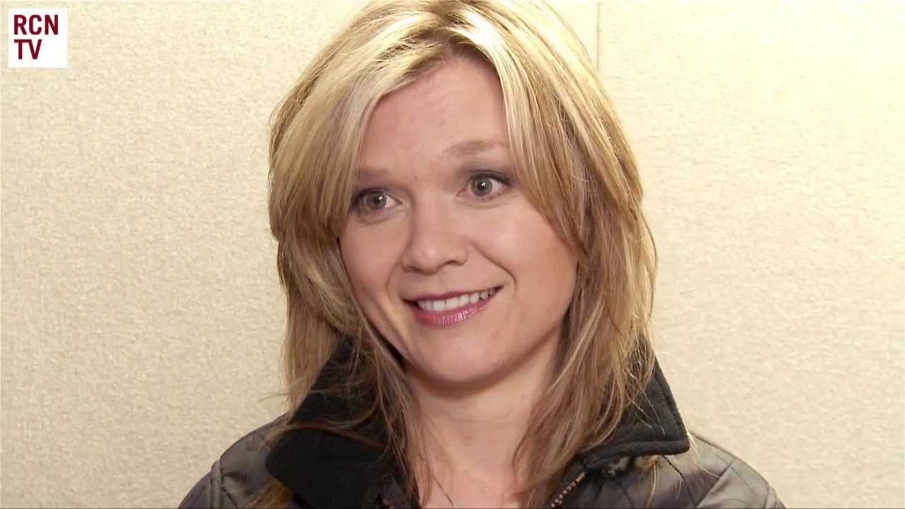 Ariana Richards - age: 37
