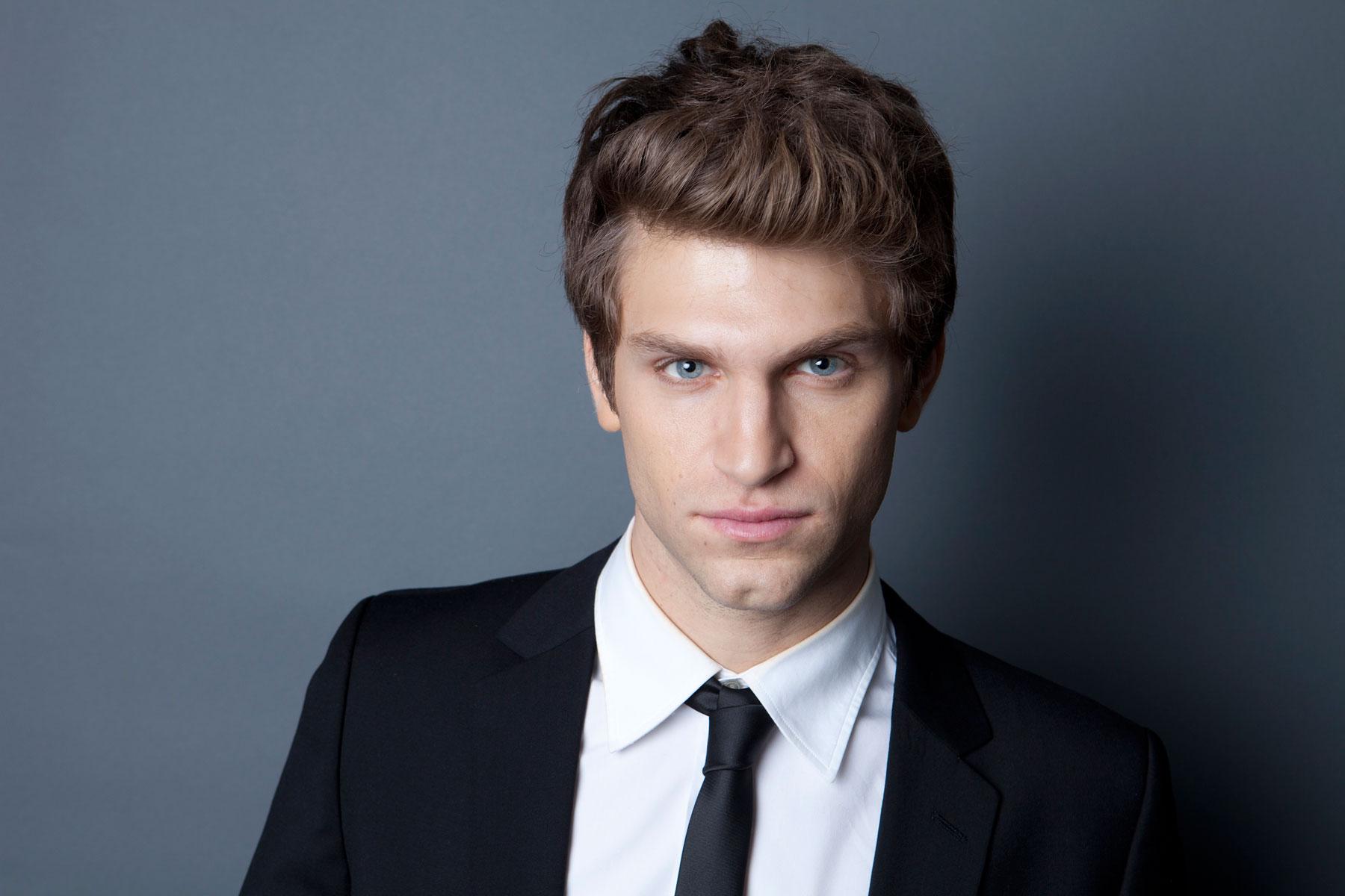 Actor Keegan Allen - age: 28