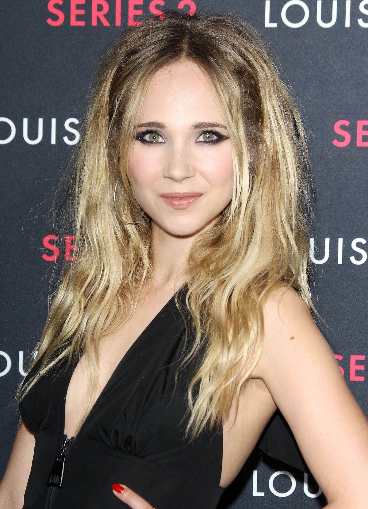 Actress Juno Temple - age: 28