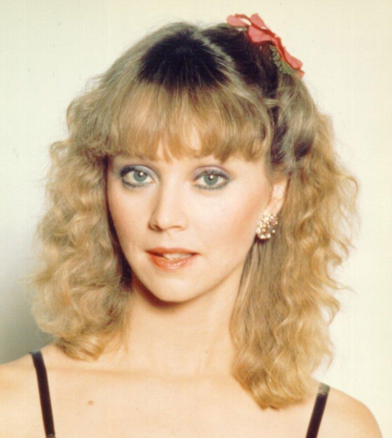 TV Actress Shelley Long - age: 67