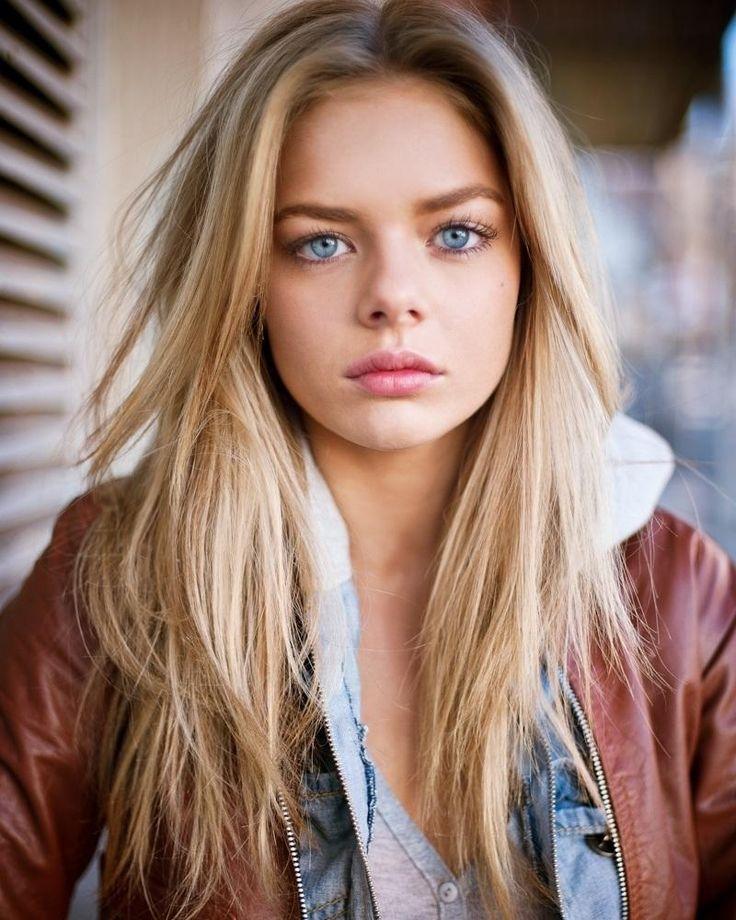 Actress Indiana Evans - age: 30