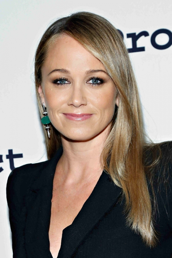 Actress Christine Taylor - age: 49