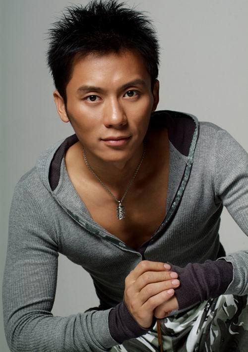 Actor Li Chen - age: 42