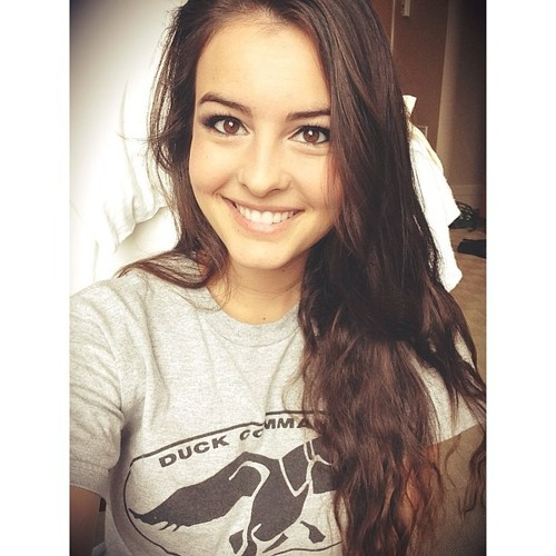 Singer Lisa Cimorelli - age: 24