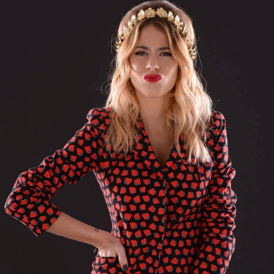 Singer-Actress-Dancer-Model Martina Stoessel - age: 24