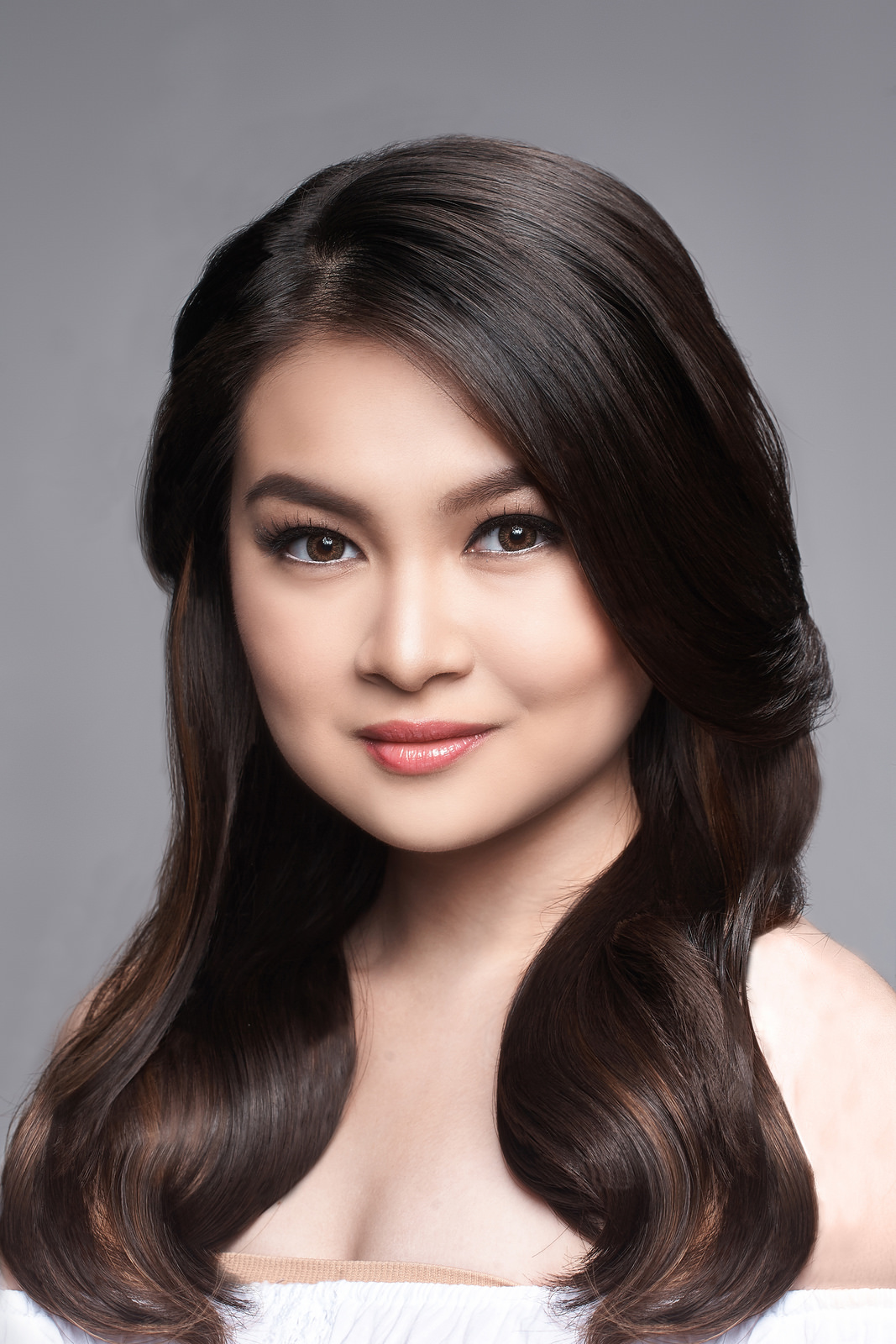Model Barbie Forteza - age: 23