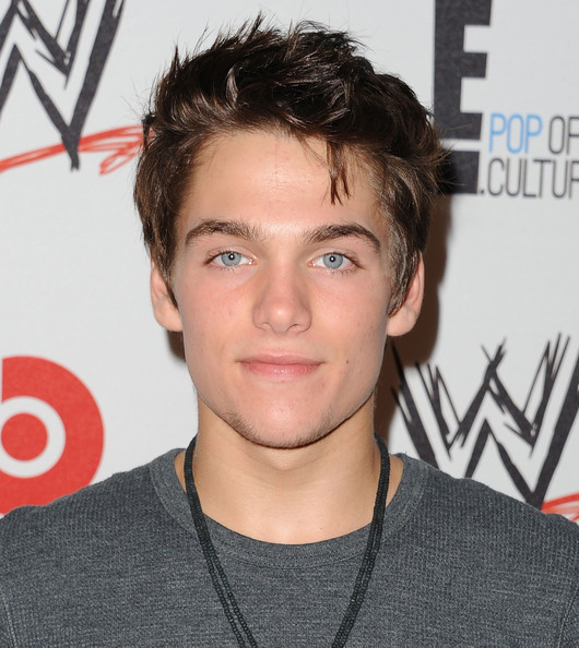 Actor Dylan Sprayberry - age: 22