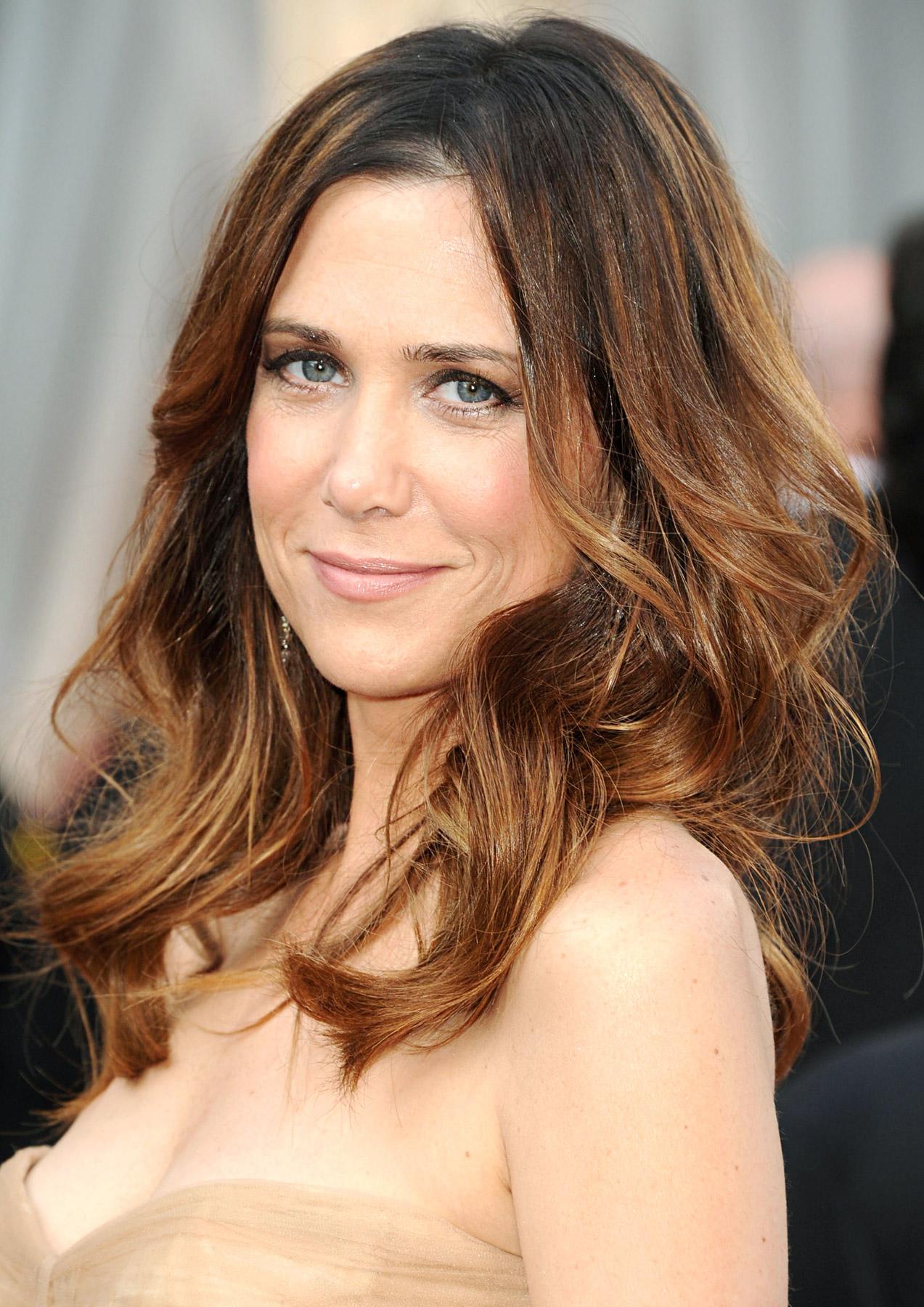 TV Actress Kristen Wiig - age: 47