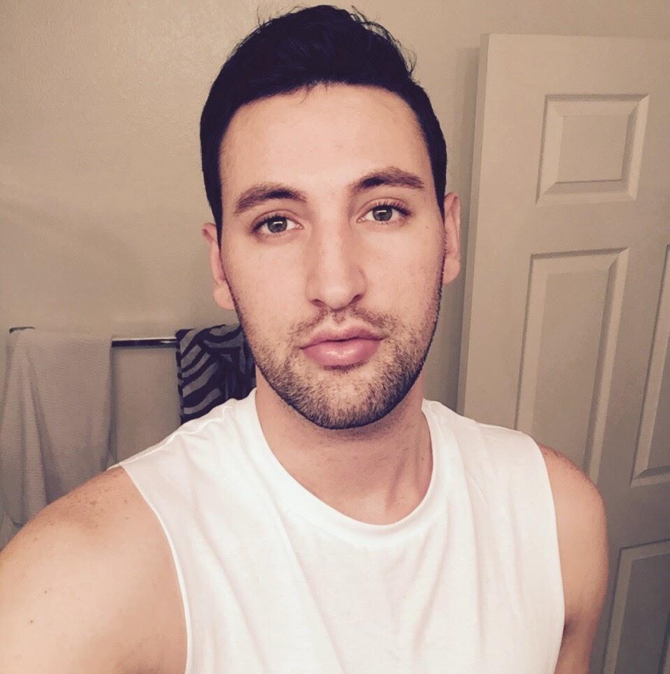 Web Video Star Alx James - age: 28