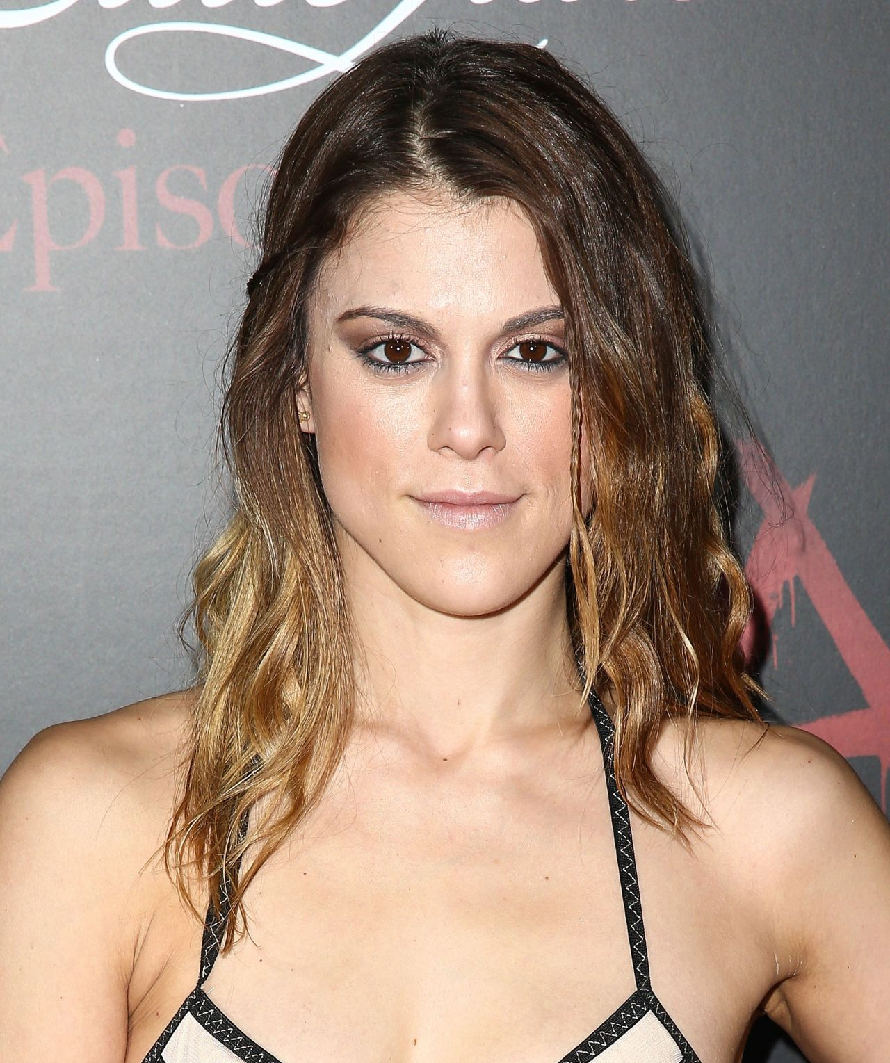 Actress Lindsey Shaw - age: 31