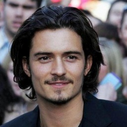 Movie Actor Orlando Bloom - age: 44