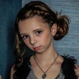 web video star Ryleigh Ledford - age: 20