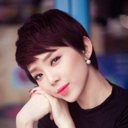 Singer Toc Tien - age: 32