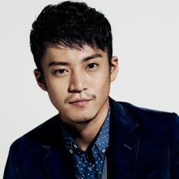 Actor Shun Oguri - age: 38