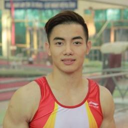 artistic gymnast Pham Phuoc Hung - age: 32