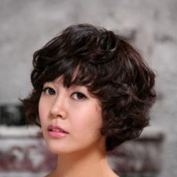 Actress Choi Yoon Young - age: 34
