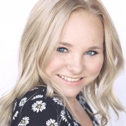 Movie actress Amber Urban - age: 17