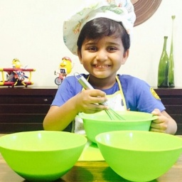 Chef Nihal Raj - age: 10